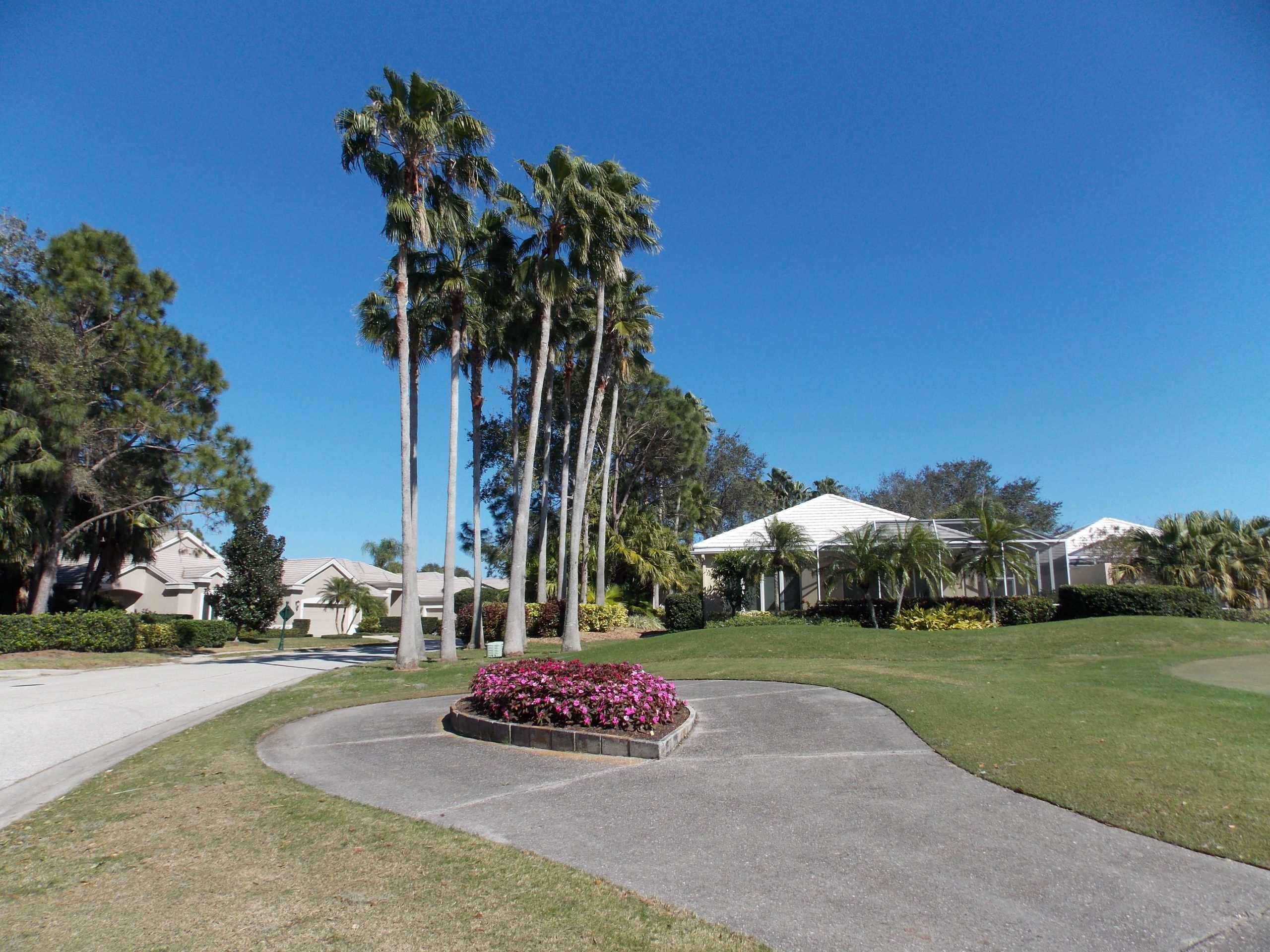 Rosedale Golf & Country Club