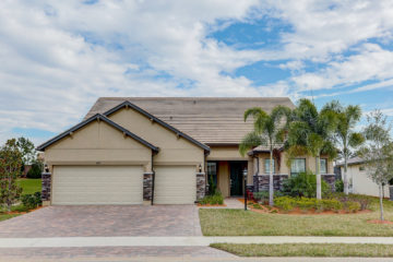 front view of 6859 Chester Trail Lakewood Ranch 34202